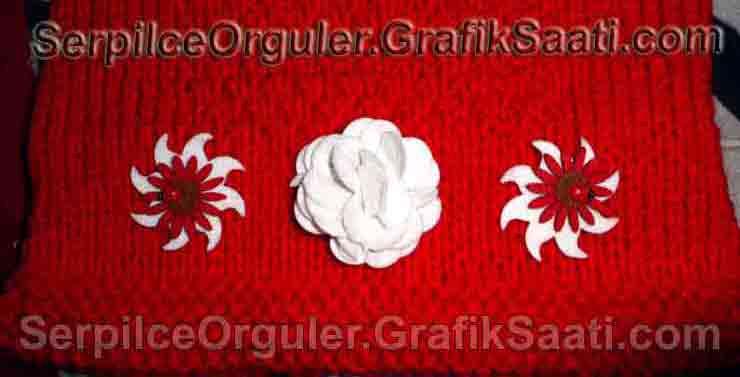 Serpilce.ile Serpilce örgüler örgü modelleri örnekleri modelli örgüler Çekilişte neler var - Aplike çiçek süslemeli kırmızı yünden bayan hırkası